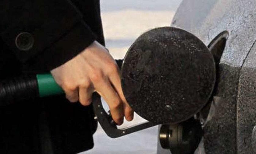 Benzyna zdrożeje na święta