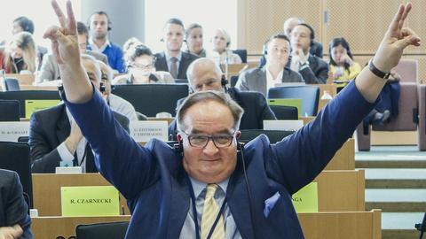 Lider Europejskiej Partii Ludowej nie pozostawia złudzeń