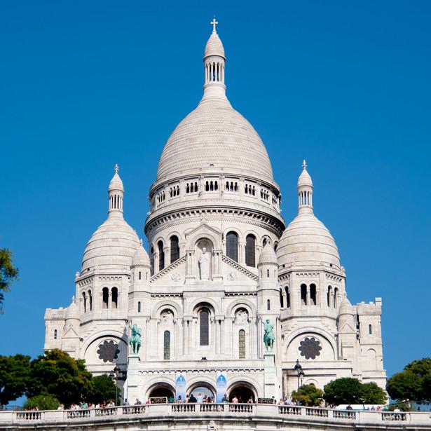 """25 lipca 1873 r. francuskie Zgromadzenie Narodowe przyjęło uchwałę, że budowa bazyliki Sacré-Cœur będzie pokutnym """"wotum francuskiego narodu dla Najświętszego Serca Jezusowego"""""""
