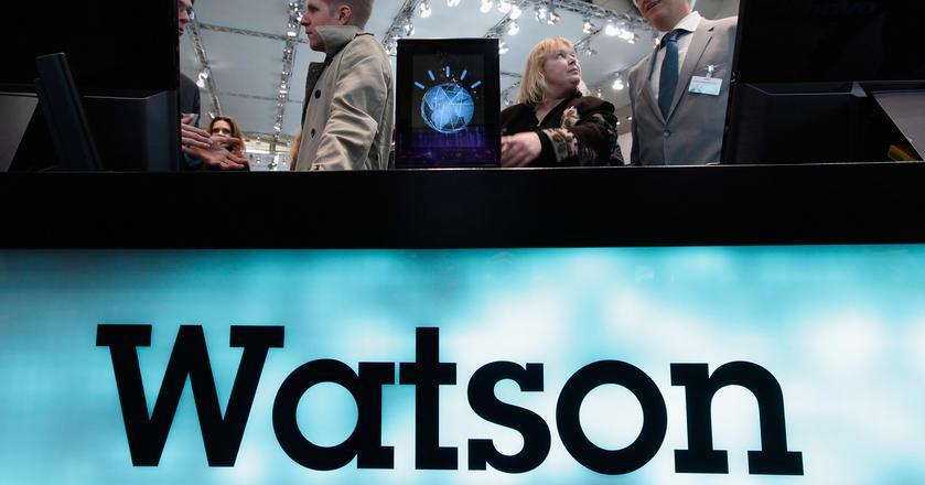 Watson to inteligetna maszyna, która rozumie język naturalny. Nie tylko analizuje informacje, ale i wyciąga wnioski