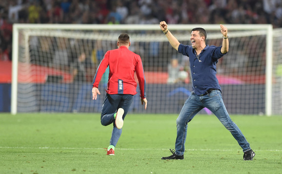 ovako je Milojević slavio ulazak u Ligu šampiona, a nadaće se zvezdaši da će i u Minhenu imati razloga za slavlje