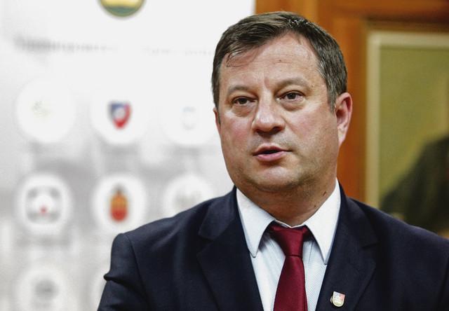 Nenad Filipović, Rektor kragujevačkog univerziteta