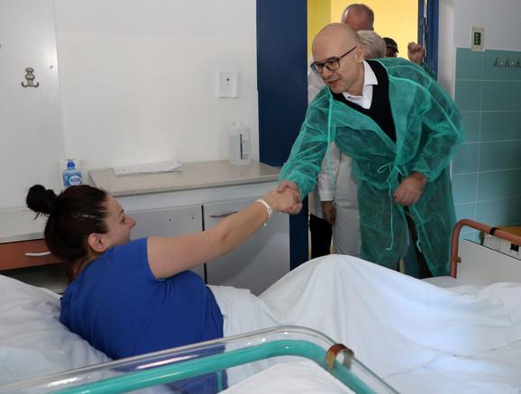 Gradonačelnik Novog Sada Miloš Vučević u poseti ''Betaniji''