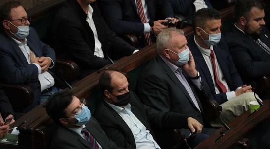 Sejm uchwalił ustawę antykorupcyjną autorstwa Kukiz'15. Będzie obowiązywać od następnej kadencji