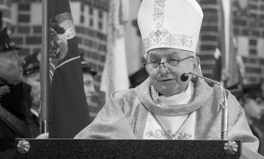 Biskup Edward Janiak nie żyje.