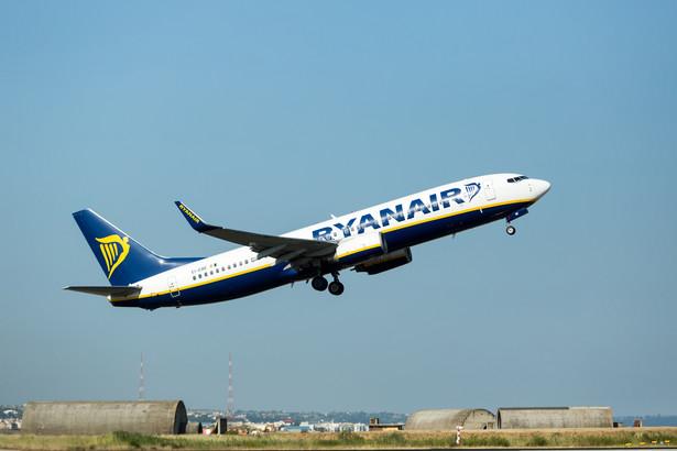 Cennik nie podoba się i linii Ryanair, i Wizz Air. A obie firmy bardzo rzadko mówią jednym głosem