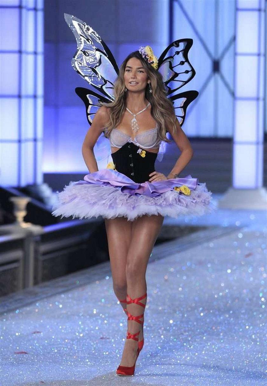 Pokaz Victoria's Secret 2011