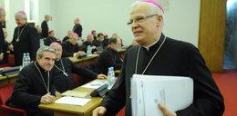 Abp Michalik o pedofilii duchownych: Rodzice też winni