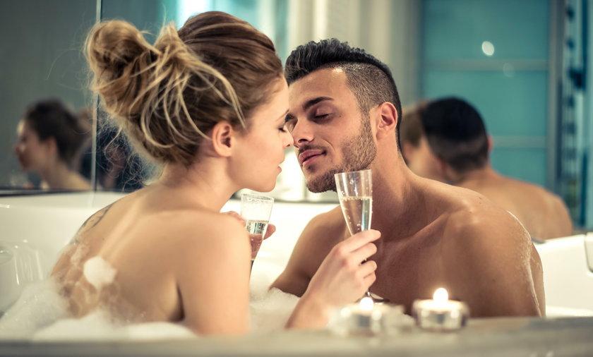 By na nowo rozniecić ogień, starajcie się uprawiać seks nie tylko w sypialni