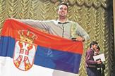 Beograd 01 - Miloš Grubor sa zastavom Srbije i peharom - Foto Privatna arhiva