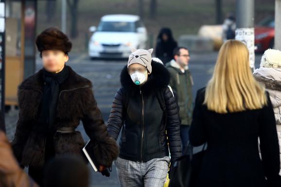 Beograđani sve češće nose maske kada je zagađenje na opasnom nivou