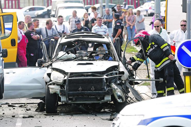 Siniša Milić Boske, bomba, Autokomanda, blur