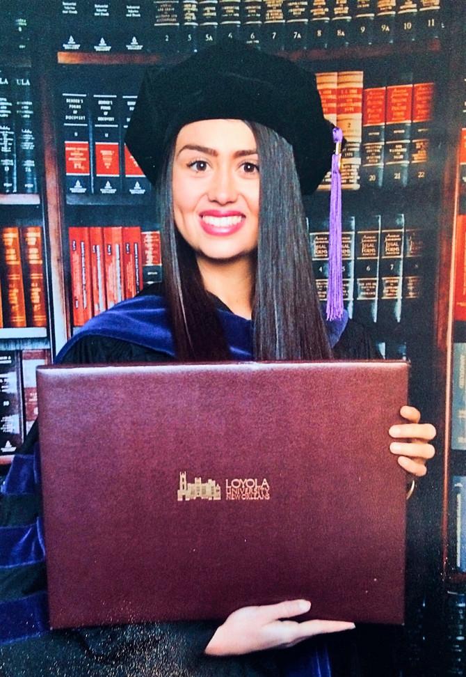 Ilijana sa master diplomom Lojola univerziteta