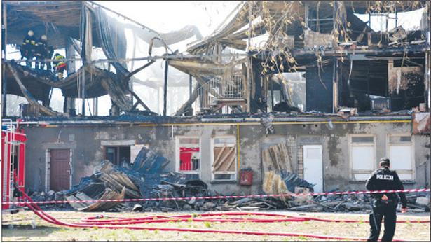 Po tragicznym pożarze hotelu socjalnego w Kamieniu Pomorskim w 2009 r. zapowiadano przegląd stanu technicznego w budynkach komunalnych. Według NIK jest on cały czas zły Fot. Dariusz Gorajski/Fotorzepa