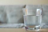 topla voda čaša