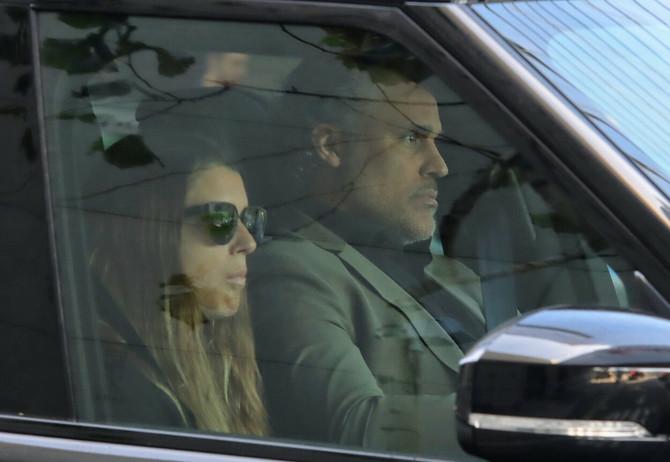 Rik Foks suprugom stiže u Stejpls centar