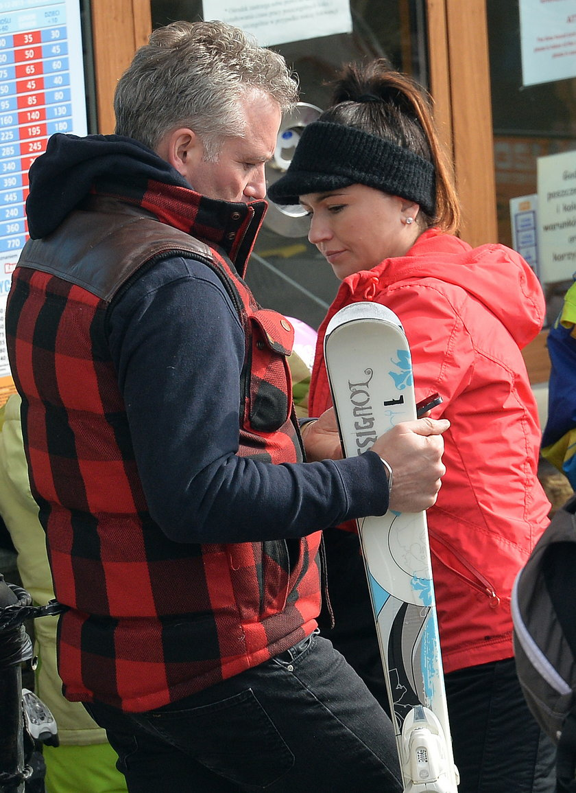 Beata Tadla z  Jarosławem Kretem na nartach