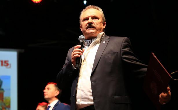 Jeżeli Jakubiak przegra z Kukizem, to - według rozmówców PAP z klubu Kukiz'15 - może zostać do końca kadencji posłem niezrzeszonym.