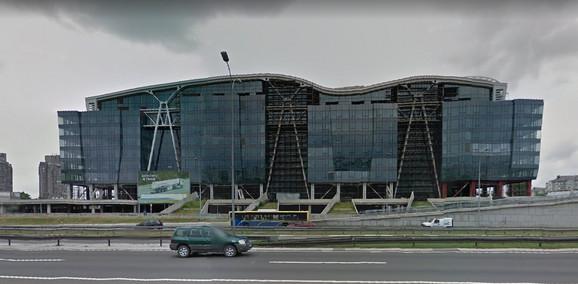 Zgrada sa helidromom