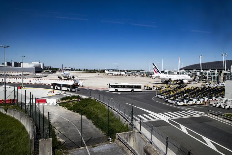 Šarl de Gol aerodrom