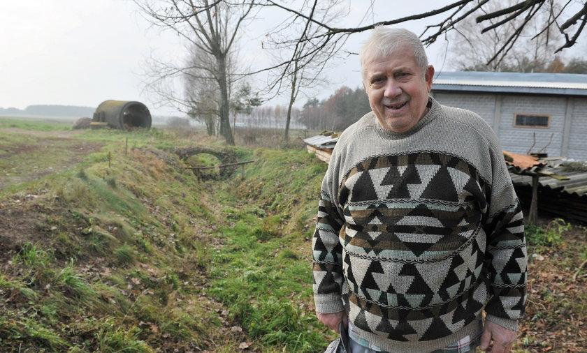 józef Gadecki czeka na wodociąg