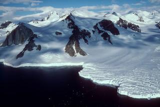 Na Grenlandii rozpadał się deszcz. Opady odnotowano pierwszy raz w historii