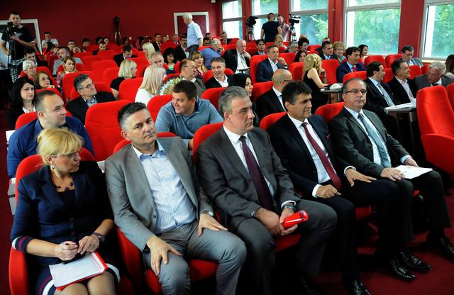 Izbor novih većnika najverovatnije u ponedeljak: Niška Skupština