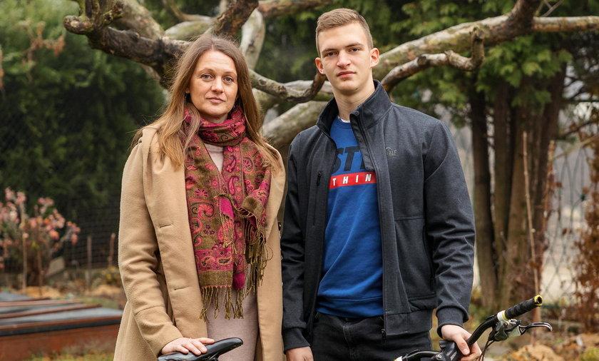 Mama Igora, Anna Grzesiowska z synem