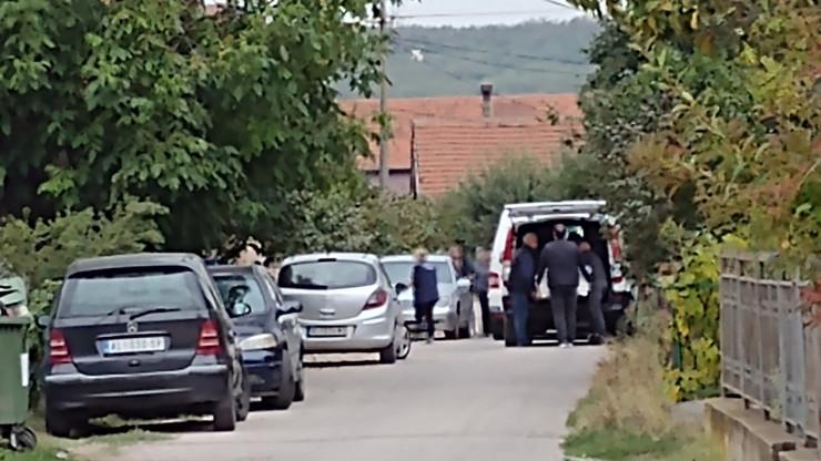 Tela porodice Đokić juče su dovezena u porodičnu kuću u Moravcu