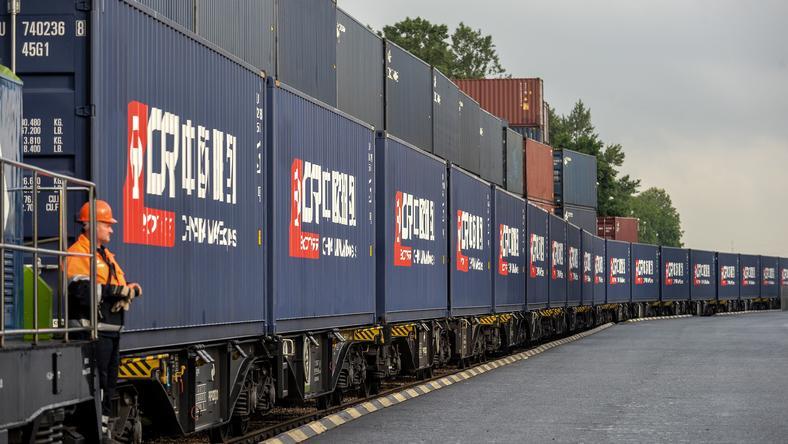 """Pociąg """"China Railway Express"""" w Warszawie w 2016 r."""