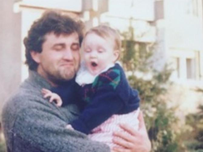 Ako vas je otac nekad žestoko naljutio, nema veze, nastavite da ga volite... Samo jednog imate!