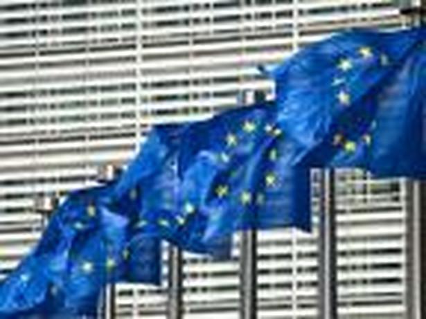 KE czeka na przepisy UE dotyczące pokrycia strat i dokapitalizowania banków