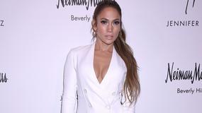 Półnaga Jennifer Lopez na Instagramie. Artystka odsłoniętym ciałem zaprasza na koncerty