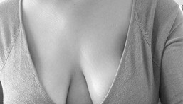 Many misconceptions exist on why women have boobs that are saggy [nimed]