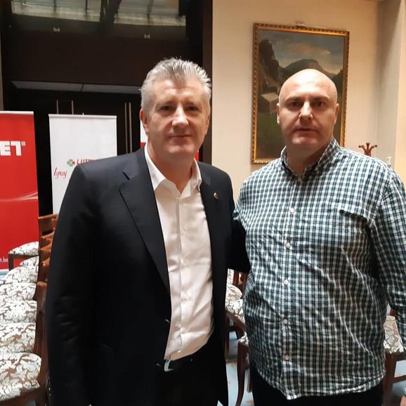Davor Šuker i urednik sportske rubrike