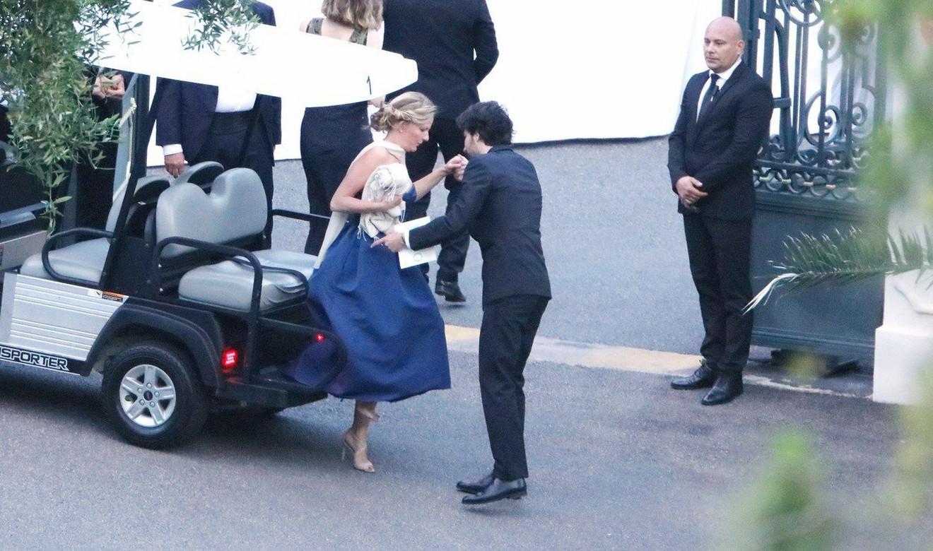 Zvanice stižu na venčanje