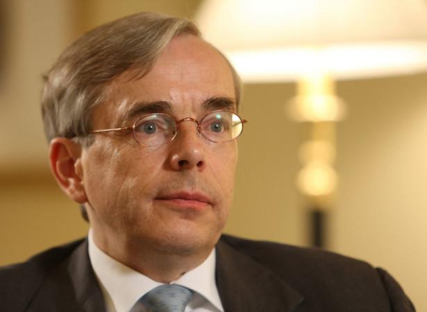 Przes Europejskiego Banku Odbudowy i Rozwoju (EBOR) Thomas Mirow
