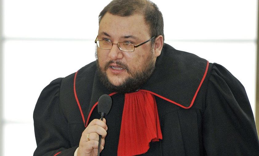 Mecenas kontra prokurator