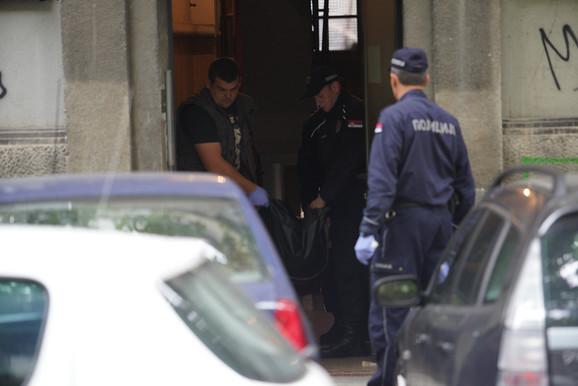 Zločin na Vračaru: Muž zaklao ženu, pa pokušao da se ubije