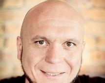 Mariusz Wesołowski jest ekspertem ds. e-commerce z GS1 Polska