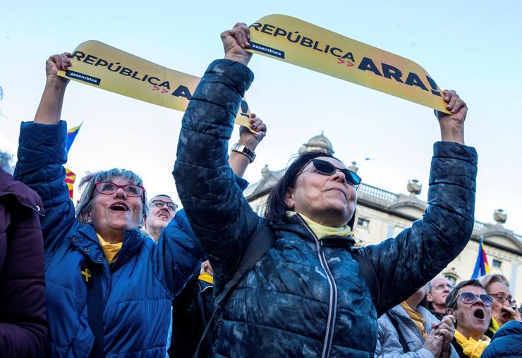 Katalonija protest EPA Enric Fontcuberta