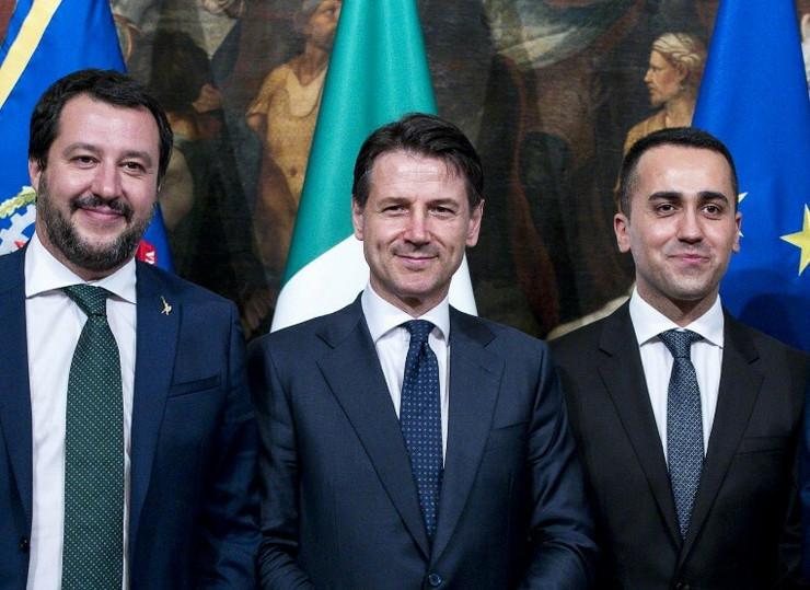 Mateo Salvini, Đuzepe Konte i Luiđi Di Majo epa