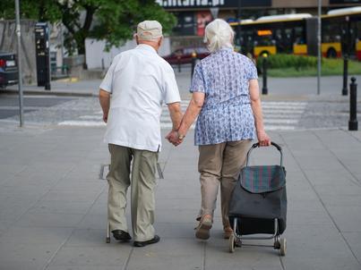 57 mln zł na rządowy program dla seniorów