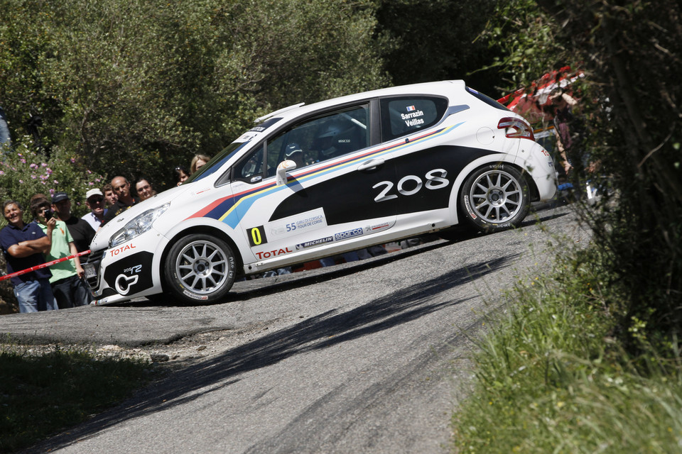 Peugeot 208 R2 na Ulster Rally