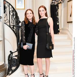 14-letnia córka Julianne Moore jest do niej bardzo podobna!