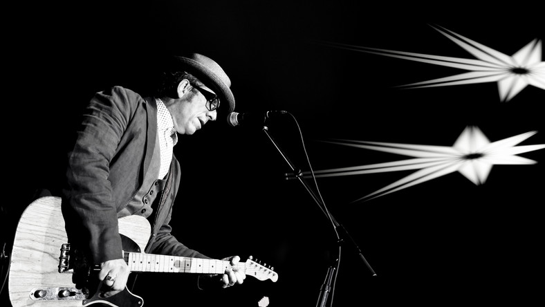 Elvis Costello tym razem z The Roots