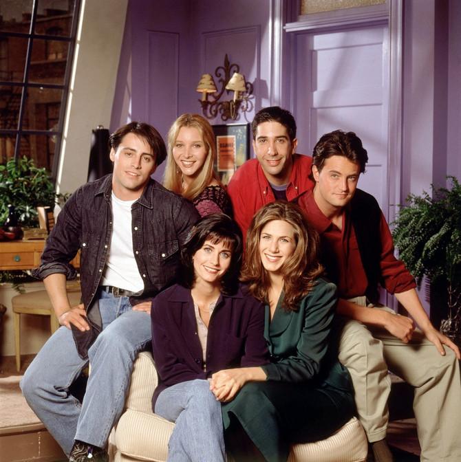 """Ekipa serije """"Prijatelji"""" u kojoj je glumila Meri Pat Gilsan"""
