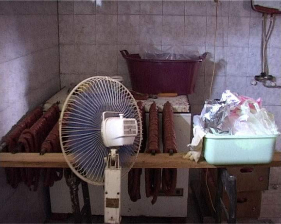 Inspekcija naložila uništavanje mesa i prerađevina