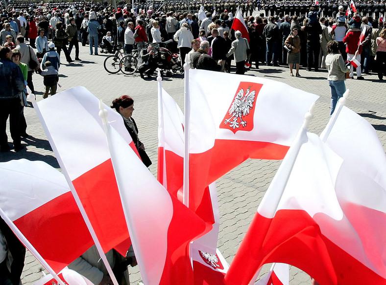 Drugi maja to święto flagi narodowej