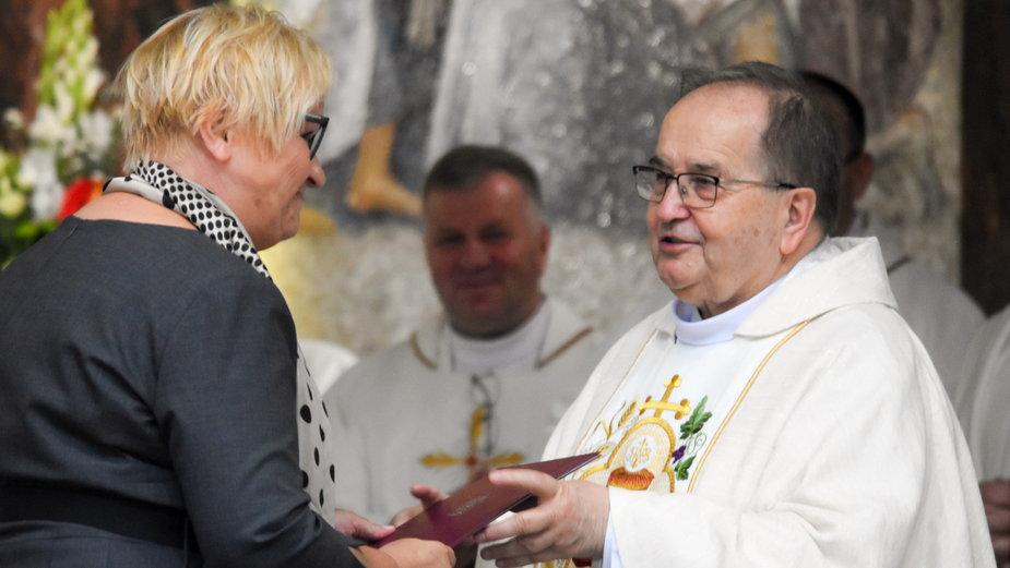 Pismo zostało odczytane przez Grażynę Ignaczak-Bandych (L), szefową Kancelarii Prezydenta RP.